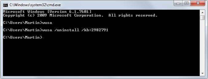 Desinstale las actualizaciones de Windows 10 desde el símbolo del sistema