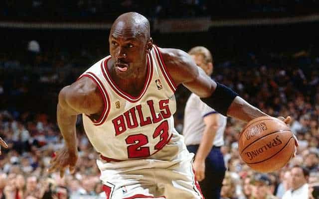 Michael Jordan se retira